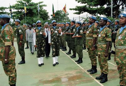 Secretary-General Reviews United Nations Troops at UNAVEM III Headquarters
