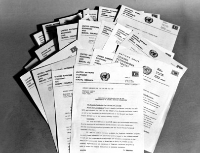 Resolutions & Decisions - UN Documentation: Economic and Social
