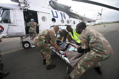 MONUC Paramedics Evacuate Massacre Victim