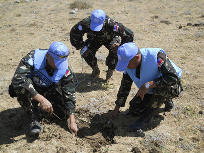 UNDOF Explosive Disposal Unit Uncovers Landmine in Syria