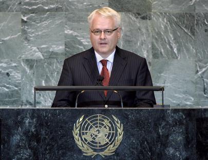 S.E. M.Ivo Josipović