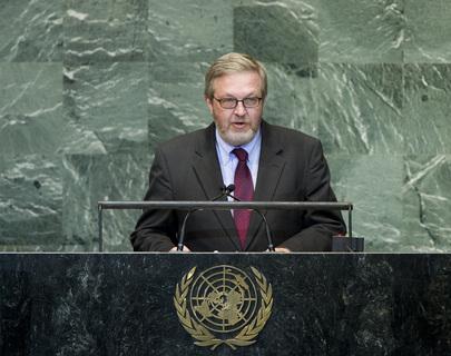 H.E. Mr.Carsten Staur