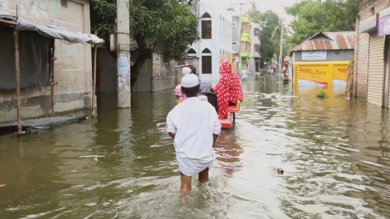 BANGLADESH  CHILDREN CLIMATE CHANGE