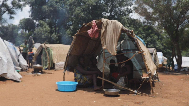 SOUTH SUDAN  TAMBURA WOMEN