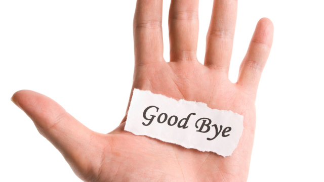 "6 Red Flags That Should Have You Waving ""Goodbye"""