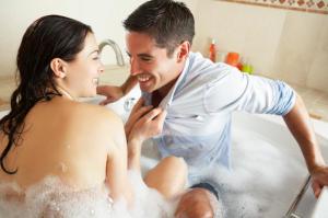 Romance Tips for Romantic Couple