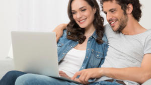 Relationship Tips on Facebook Status and Commitment