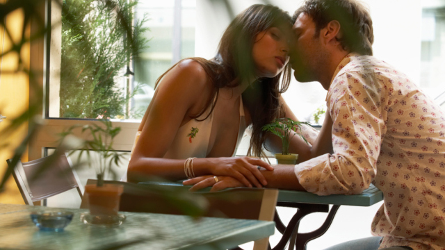 6 Sensual Ways to Change the Formula of Your Foreplay