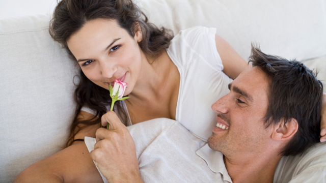 5 Little Things You Can Do to Keep Your Relationship Healthy, Thriving and Sexy!
