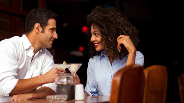 How Women Can Give a Great First Date