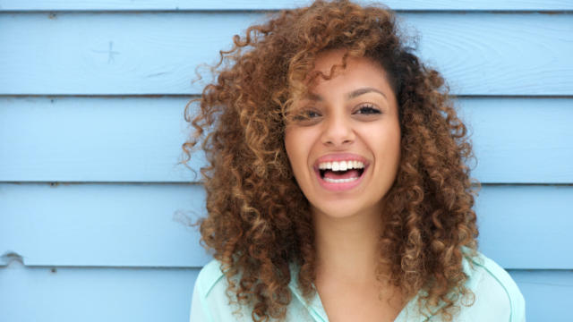 6 Simple Ways to Be More Feminine