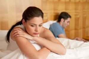 Emotionally Unavailable Person: Should You Date?