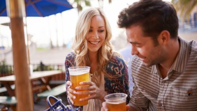 how do you know if a guy is dating others Matthew hussey's blog has the latest relationship & dating advice for women, from attracting men to sustaining relationships read the latest articles here.