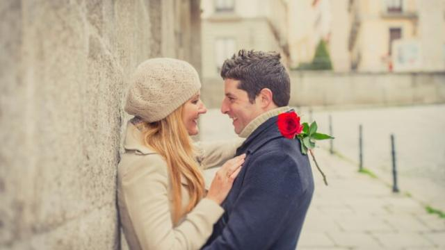 7 Tricks to Control How Fast You Fall In Love