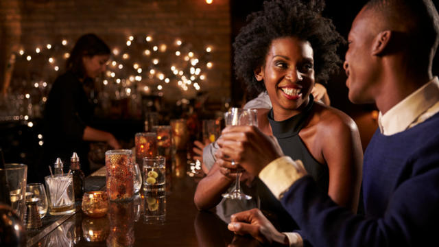 3 Tips for the First Time You Meet Your Online Date In Person!
