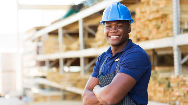 5 Reasons Professional Women Should Try Dating a Blue Collar Worker