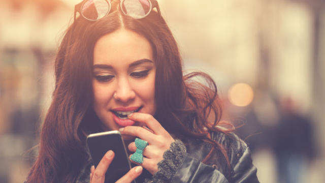 Turn Up the Heat With These Flirty Texting Tips