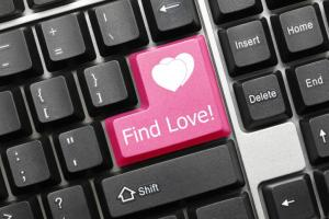Why, If You're Single, You MUST Go Online Dating Now!