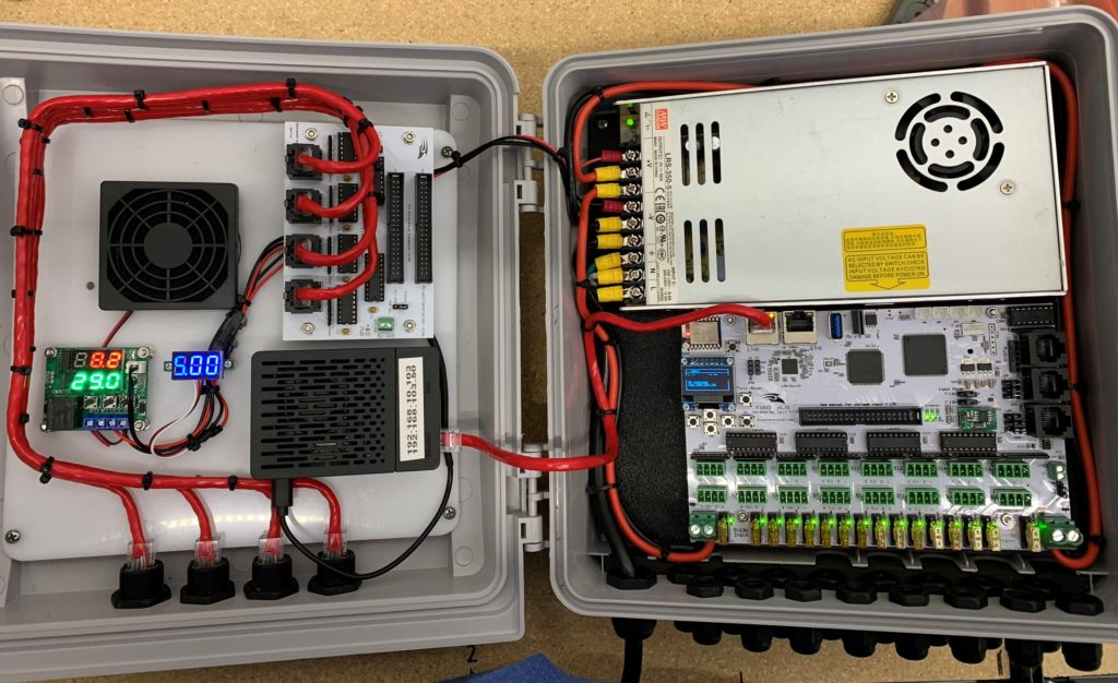 Newest enclosure with a Falcon F16v3, differential expansion board, and a Raspberry Pi running Falcon Player.