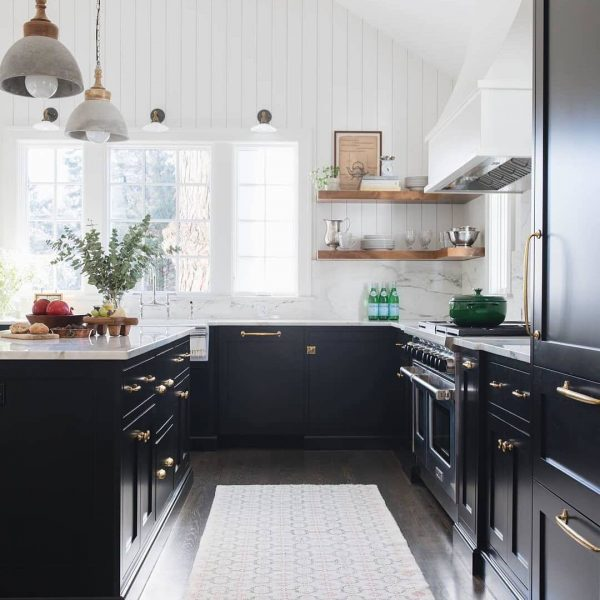 L-Shape-Kitchen-With-Island-Black-Cabinets-white-countertops