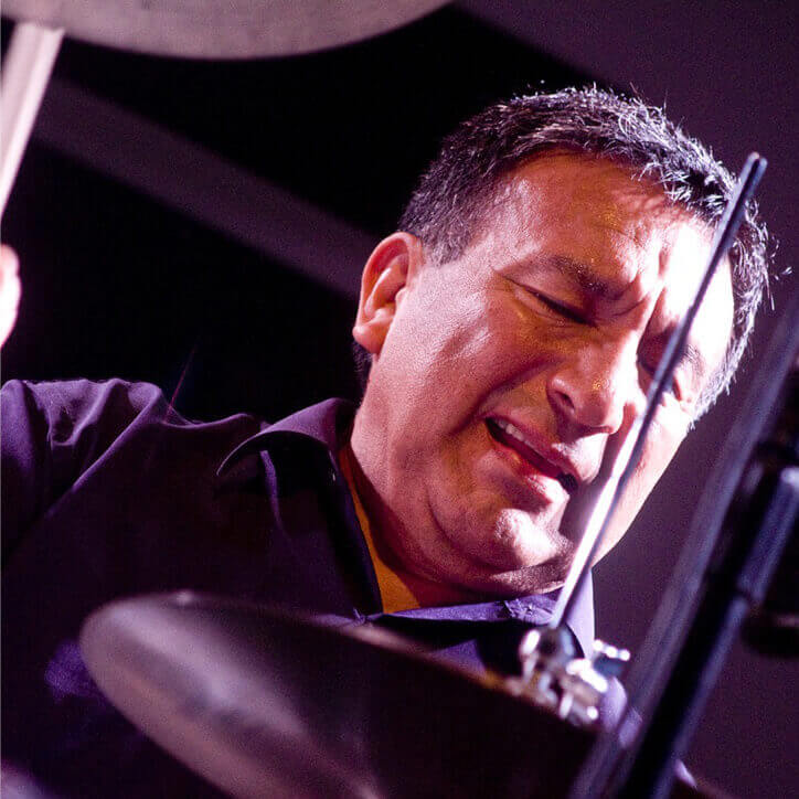Alex Acuña Biography | Famous Drummers