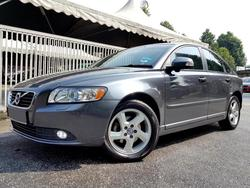 Volvo S40 2.0 (A)