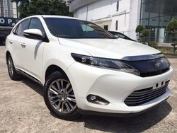 Toyota Harrier Premium Advance 4 C