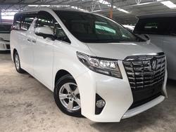 Toyota Alphard 2.5X Welcab 4 Cam