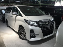 Toyota Alphard 2.5 Sc Pilot Seats