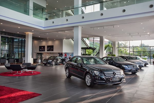 Largest merc autohaus 3s centre opens in balakong carsifu for Mercedes benz service centre