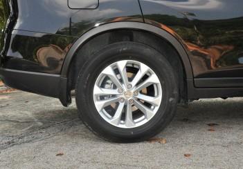 Nissan X-Trail - 41 (2.5L AWD)
