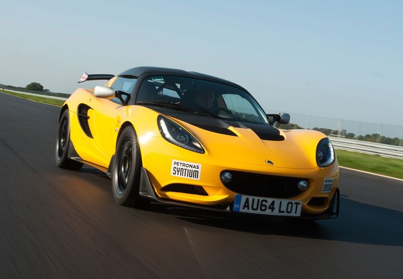 Racing Elise readied for the road in S Cup form | CarSifu