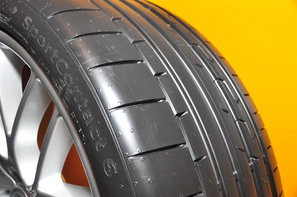 continental debuts new sportcontact 6 sc6 tyre carsifu. Black Bedroom Furniture Sets. Home Design Ideas