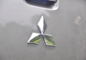 Mitsubishi Triton - 82