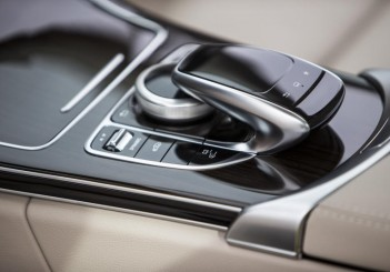 Mercedes-Benz C 350 e (W205) - 19