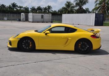 Porsche Cayman GT4 at SIC - 27