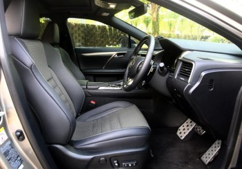 Lexus RX 200t F SPORT - 30