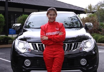 Leona Chin with her new Mitsubishi Triton VGT Adventure