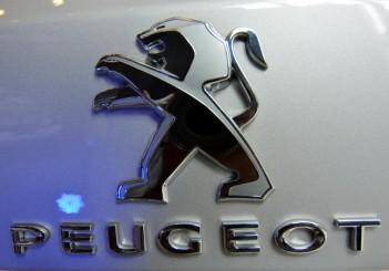 Peugeot 408 e-THP (14)