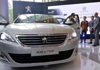 Peugeot 408 e-THP (7)