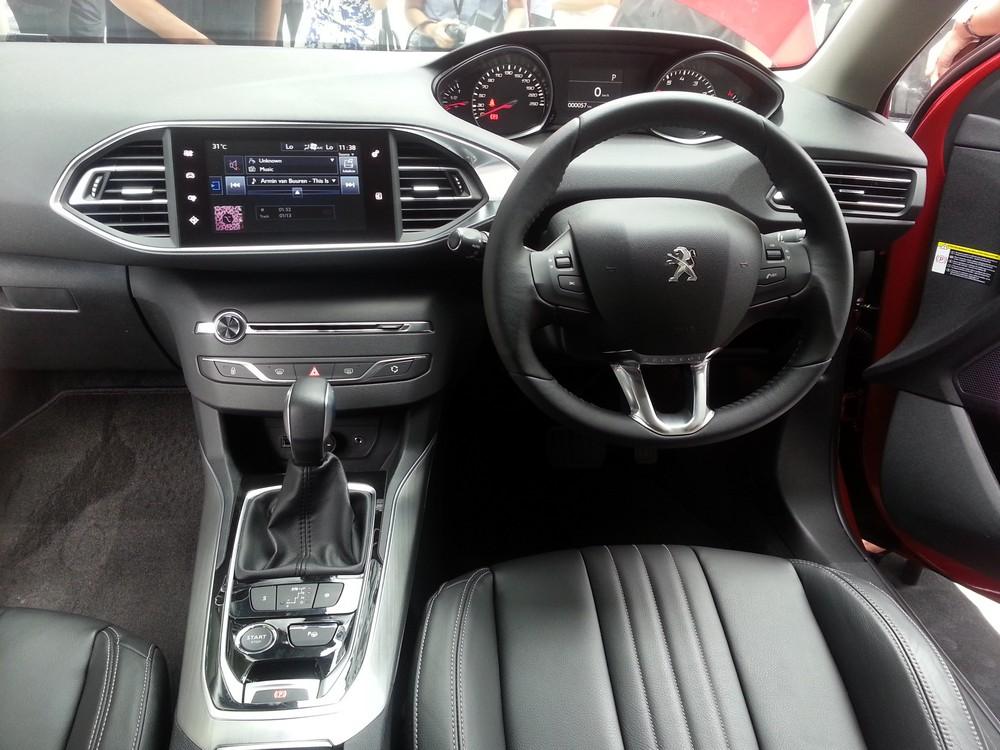 Peugeot 408 ethp (6)