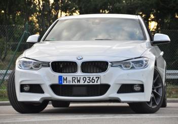 BMW 330e iPerformance - 08