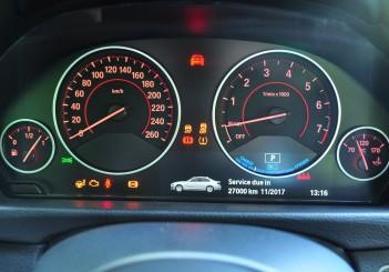 BMW 330e iPerformance - 104