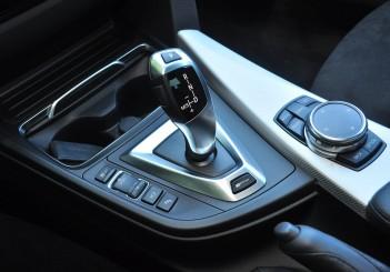 BMW 330e iPerformance - 106