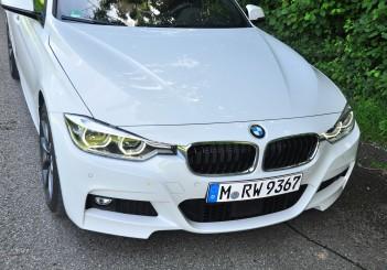 BMW 330e iPerformance - 14