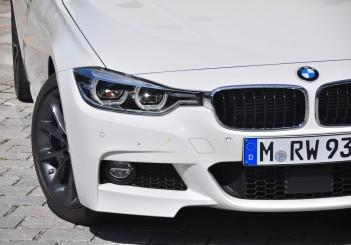 BMW 330e iPerformance - 18