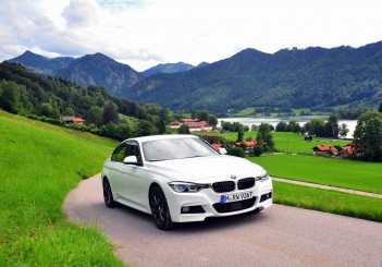 BMW 330e iPerformance - 20