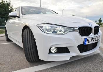 BMW 330e iPerformance - 21