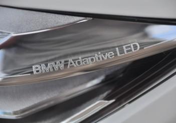 BMW 330e iPerformance - 27