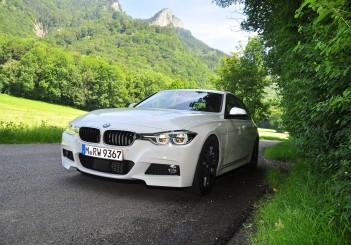 BMW 330e iPerformance - 33